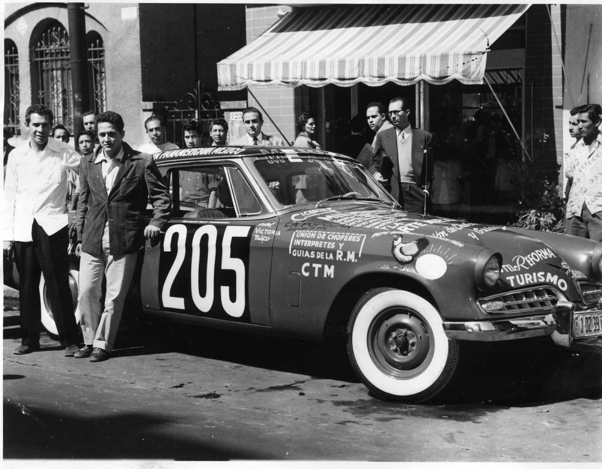 8a Bob Welborn with the Plymouth he drove on the NASCAR Cup circuit for car owner J. O. Goode.jpg