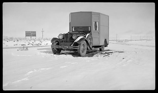93 Circa 1927 Stutz w aerodynamic tweaks.jpg