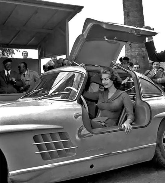 93 Sophia Loren.JPG