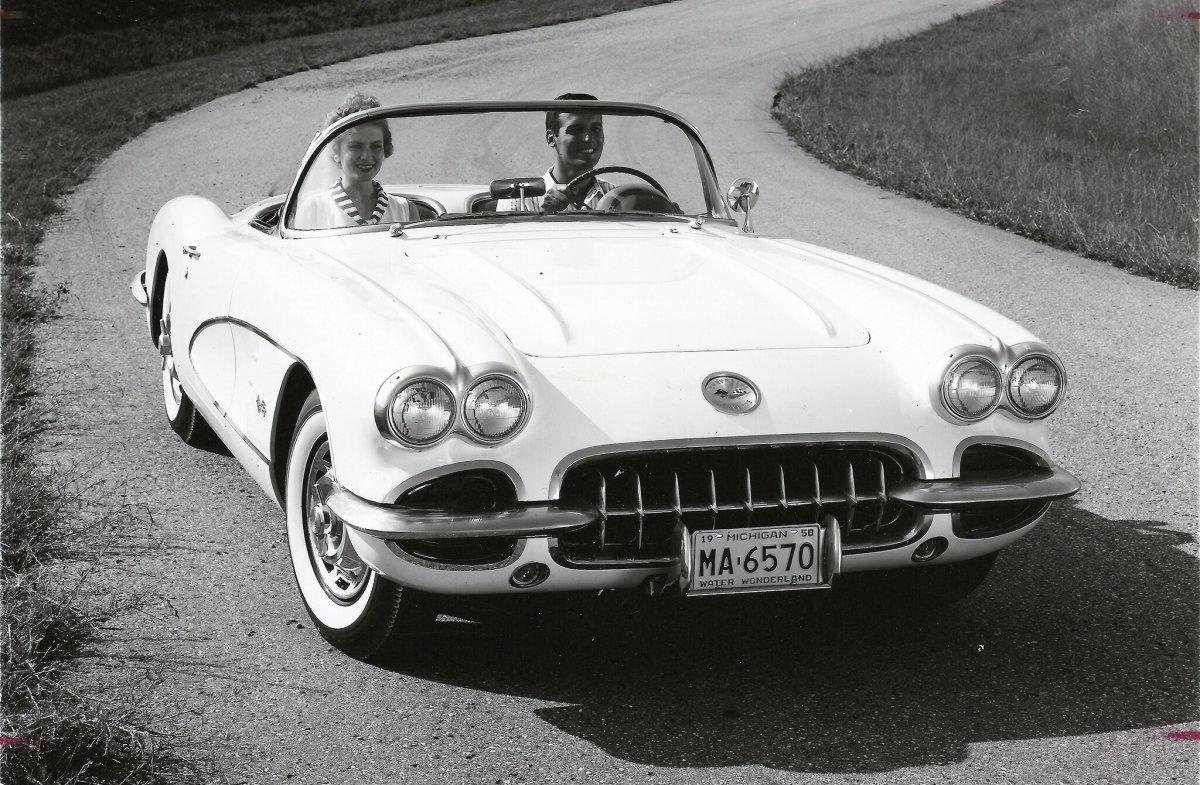 97 1959-chevrolet-corvette.jpg