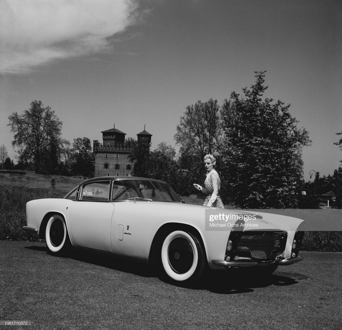 99 The Zeder Z-250, aka Dodge Storm or Bertone, May 1954. The.jpg