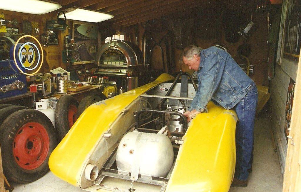 #990 'liner - 2001 - Dennis Brackeen.jpg