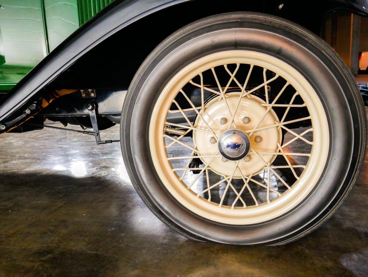 __1929 Chevy Wire Wheel.jpg