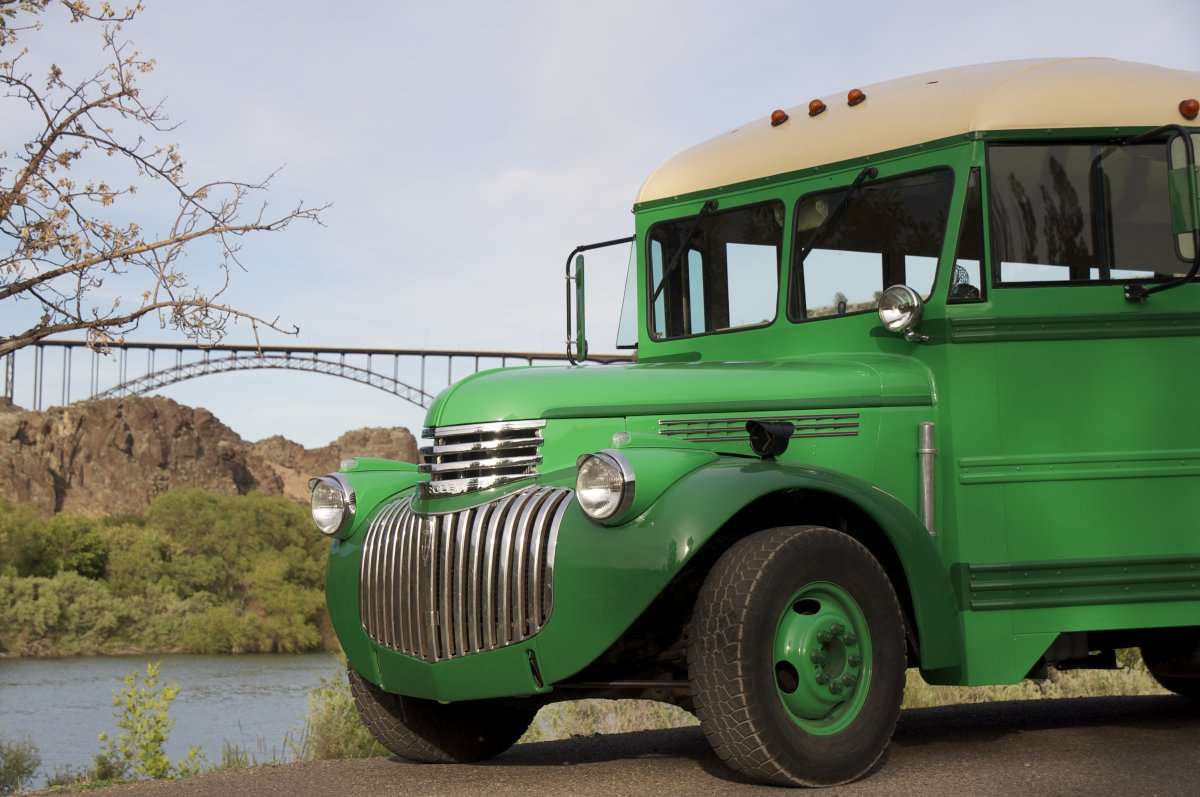 1940 Chevy Truck >> 1940's School Bus. | The H.A.M.B.