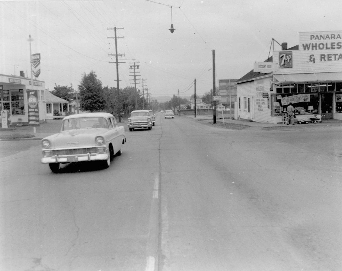 a2005-001-984-ne-42nd-north-to-killingsworth-1958.jpg