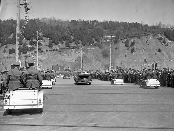 AC-126 Auto 1939-2.jpg