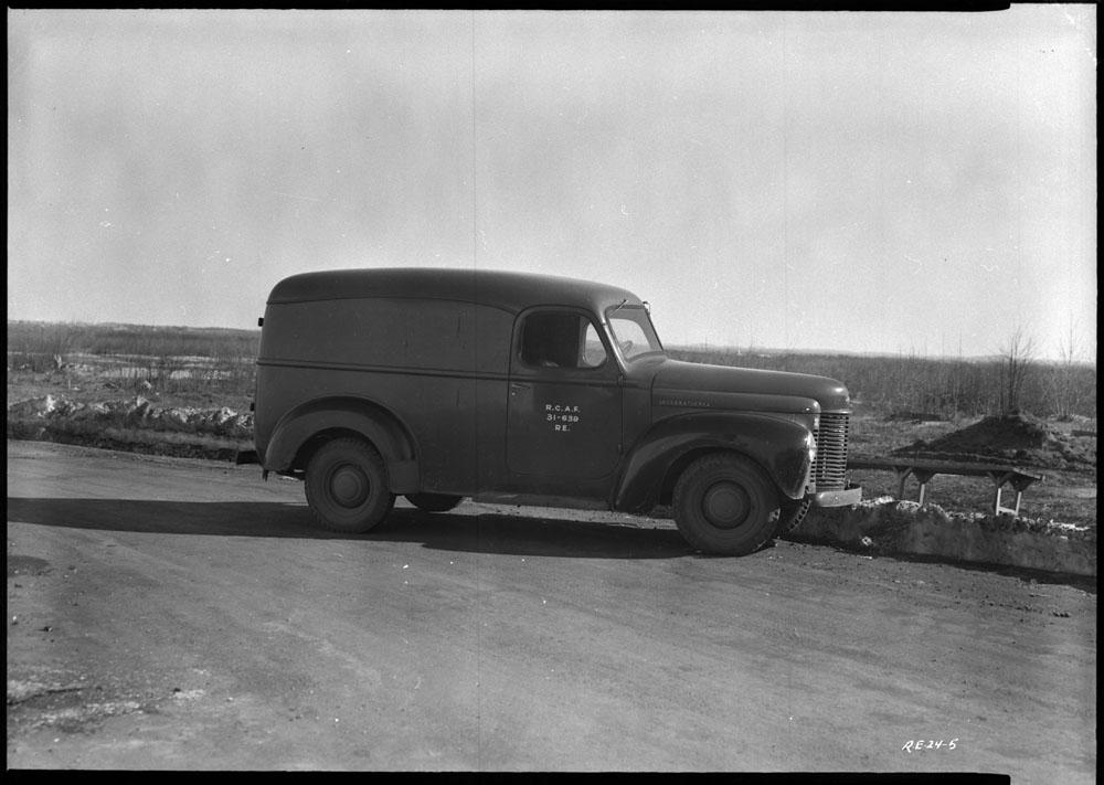 AC- Auto 1940-19.jpg