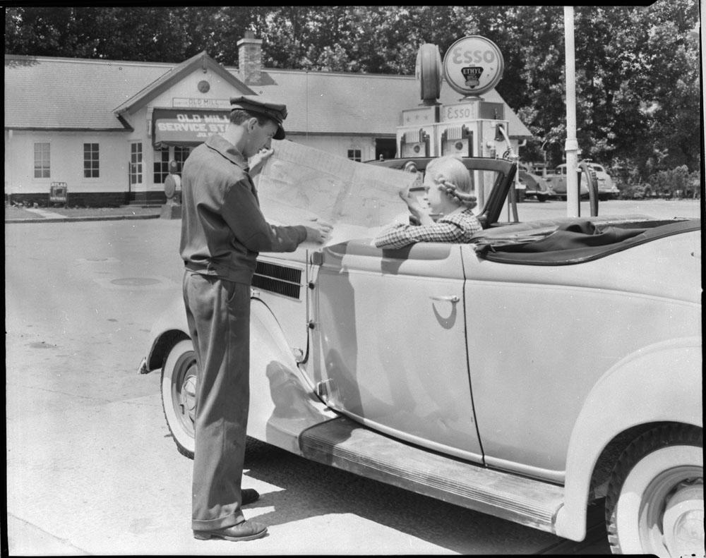 AC- Auto 1940-2.jpg