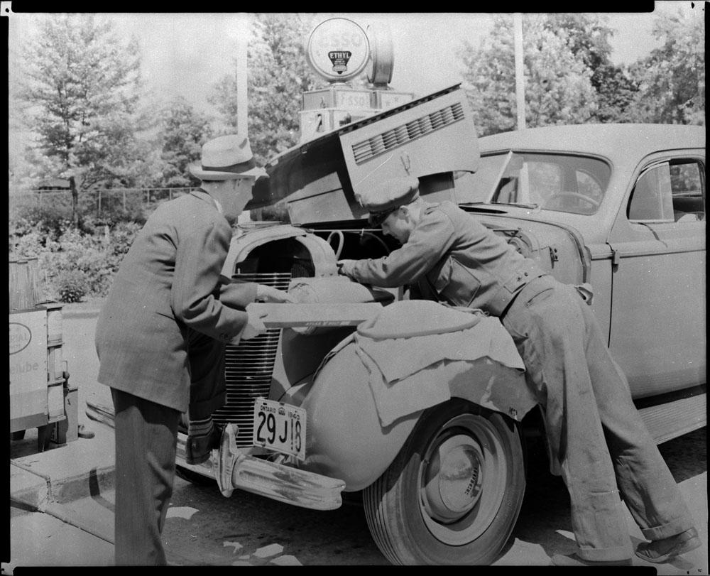 AC- Auto 1940-23.jpg