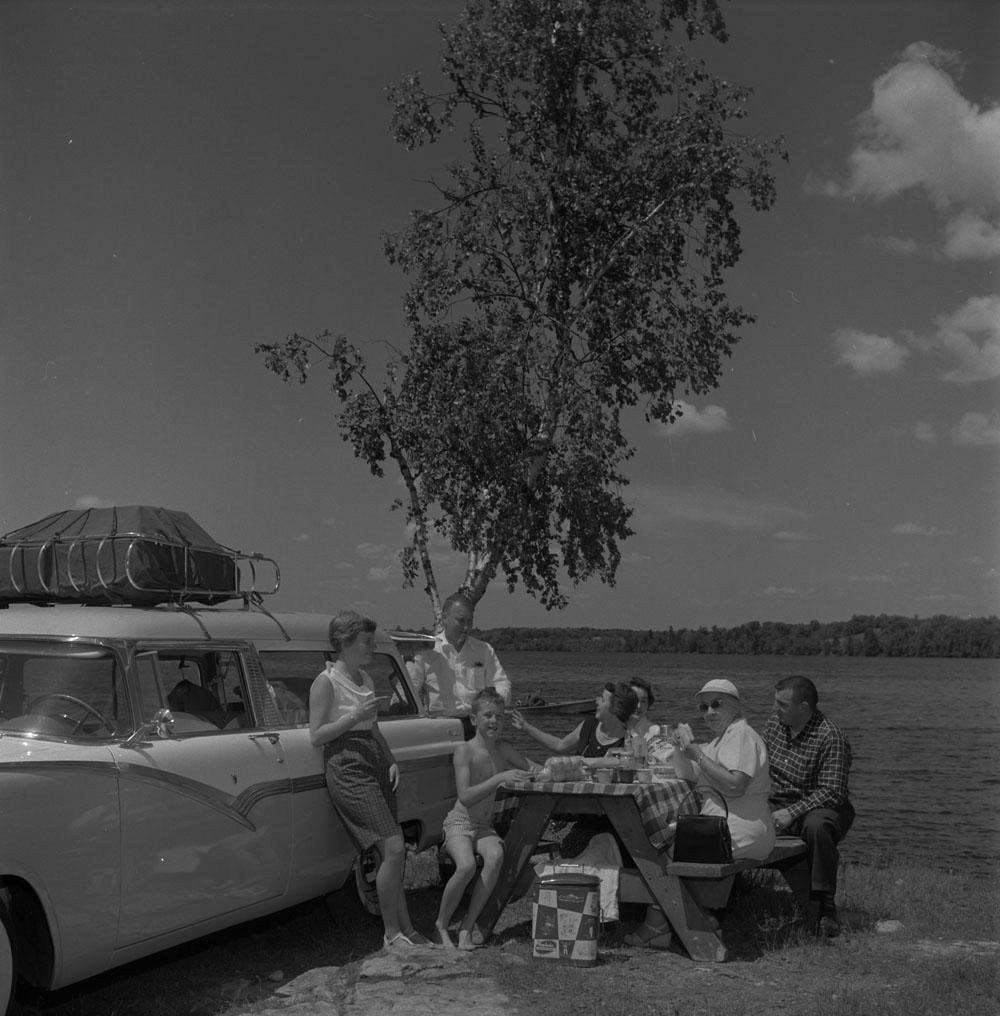 AC- Auto 1950-28.jpg