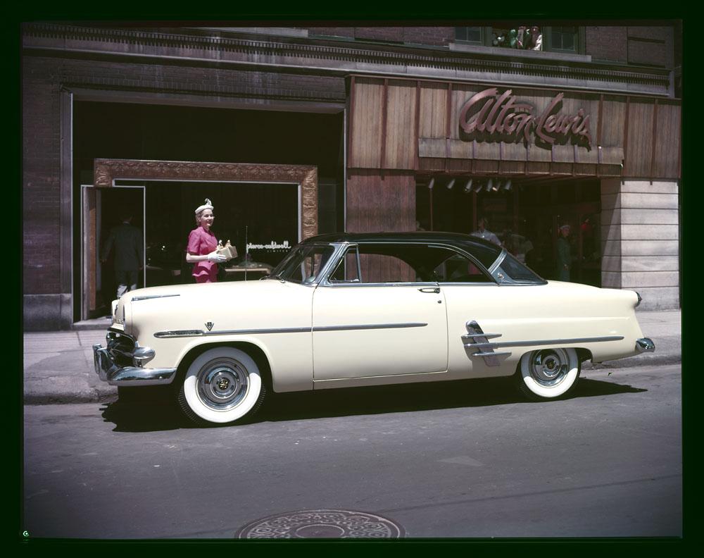 AC- Auto 1950-42 Météor 1953.jpg