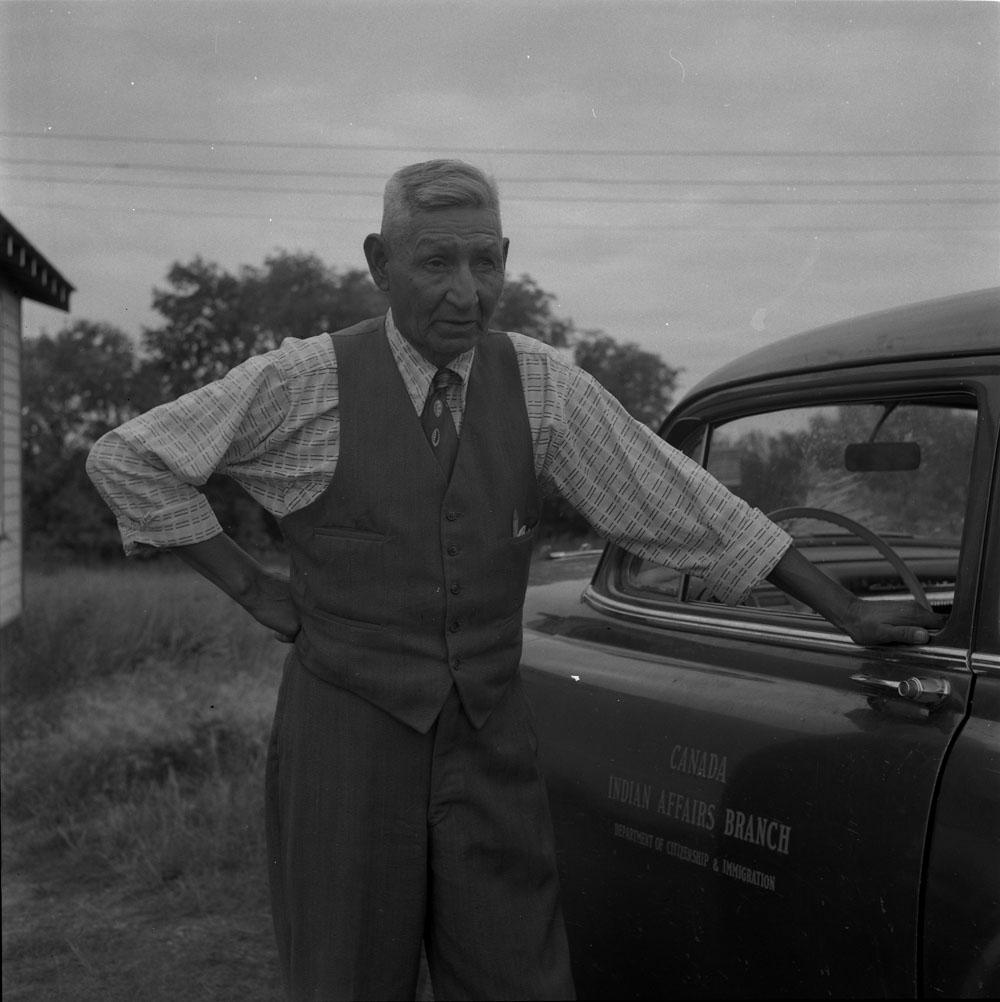 AC- Auto 1950-6.jpg