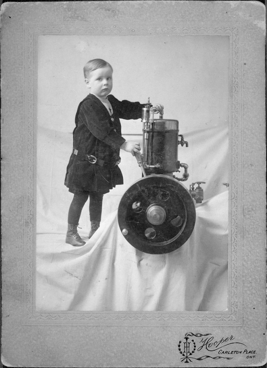 AC- Auto Motor-7 Gillies 1907.jpg