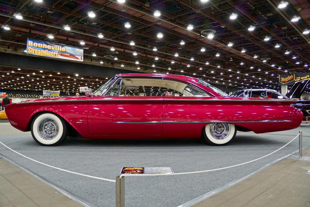 Adonis-Custom-1960-Ford-Starliner-5.jpg