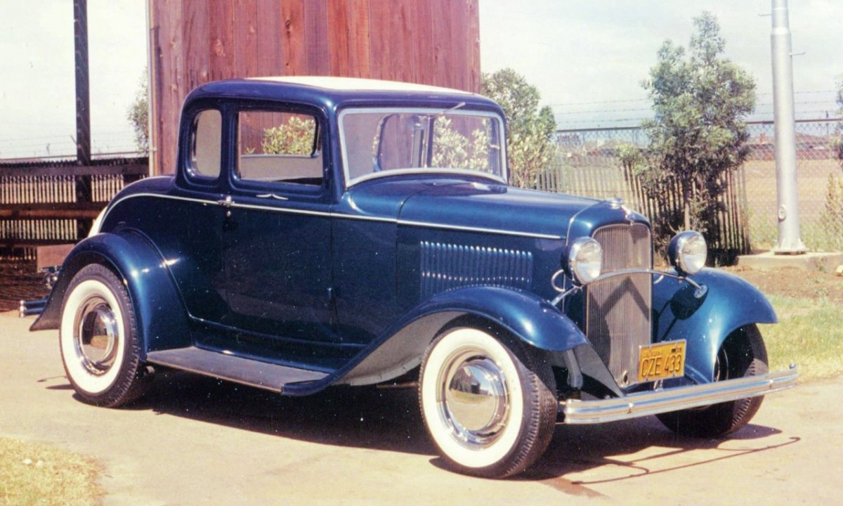 Andy Brizio's '32 5wd Coupe - front.jpg