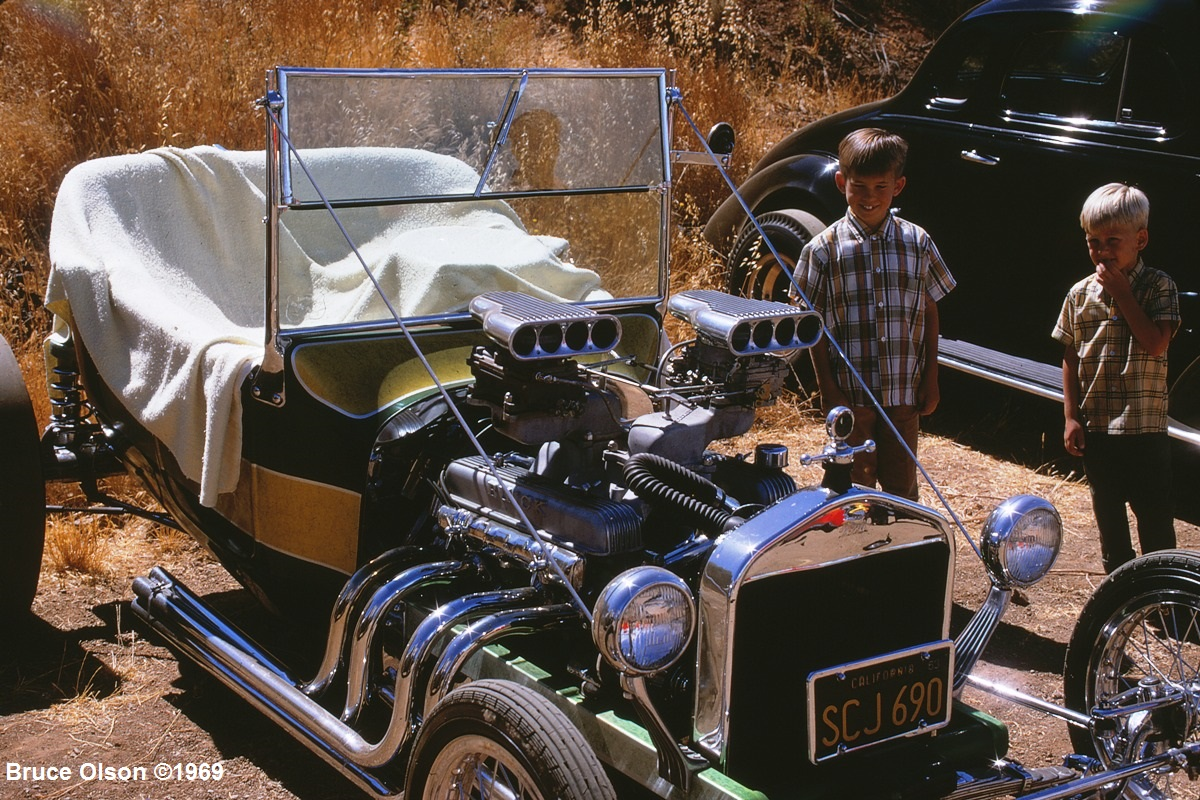 Andy's 3rd Annual Picnic - July '69 -  Kodachrome 5.jpg
