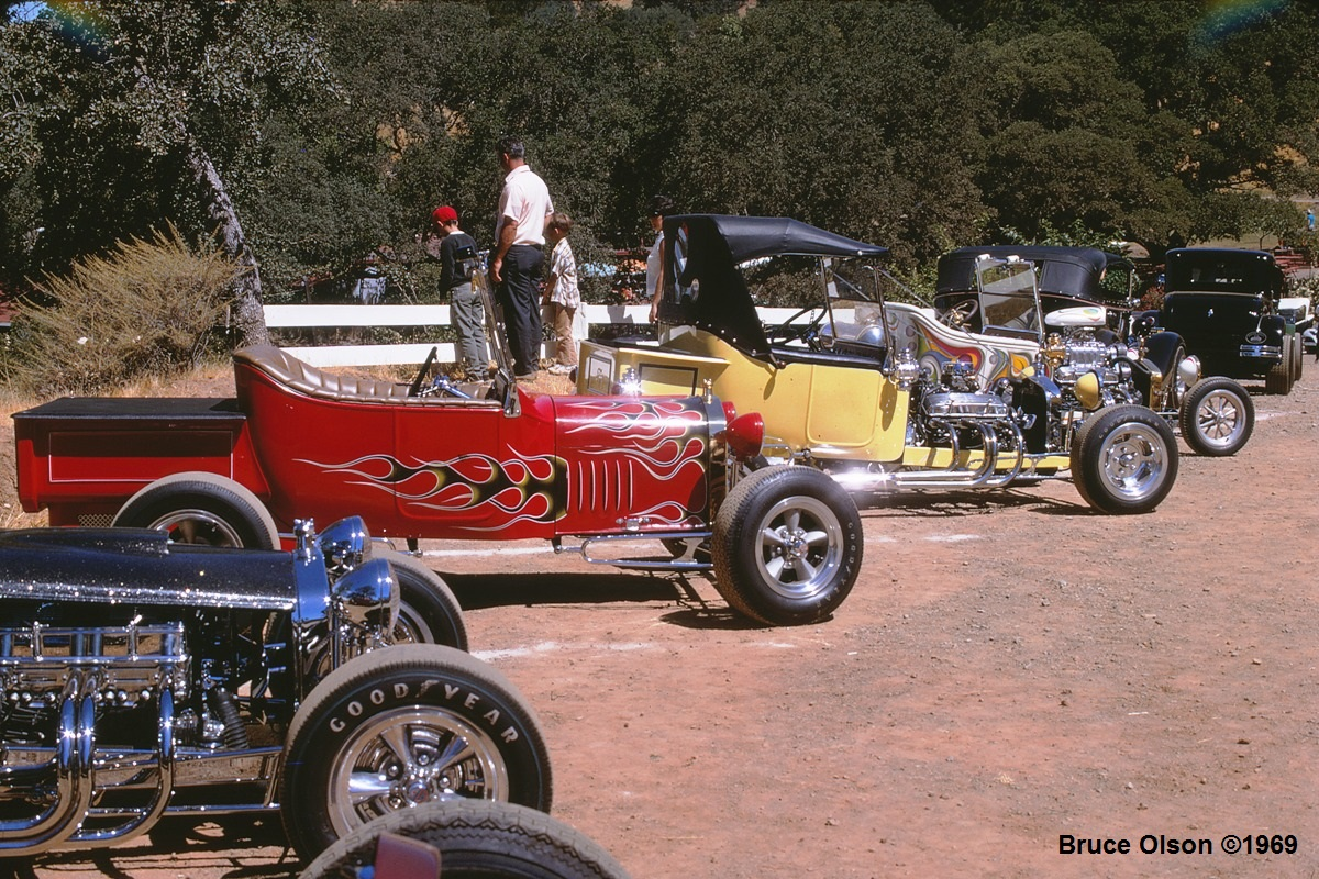 Andy's 3rd Annual Picnic - July '69 -  Kodachrome 9.jpg