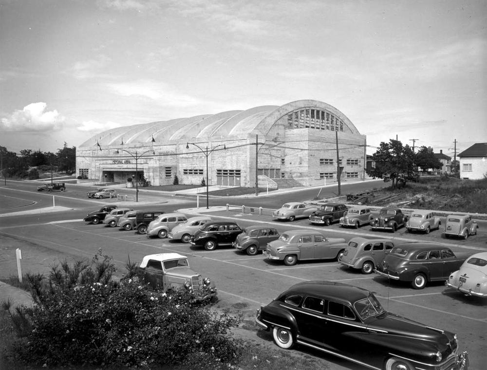 Arena 1.jpg