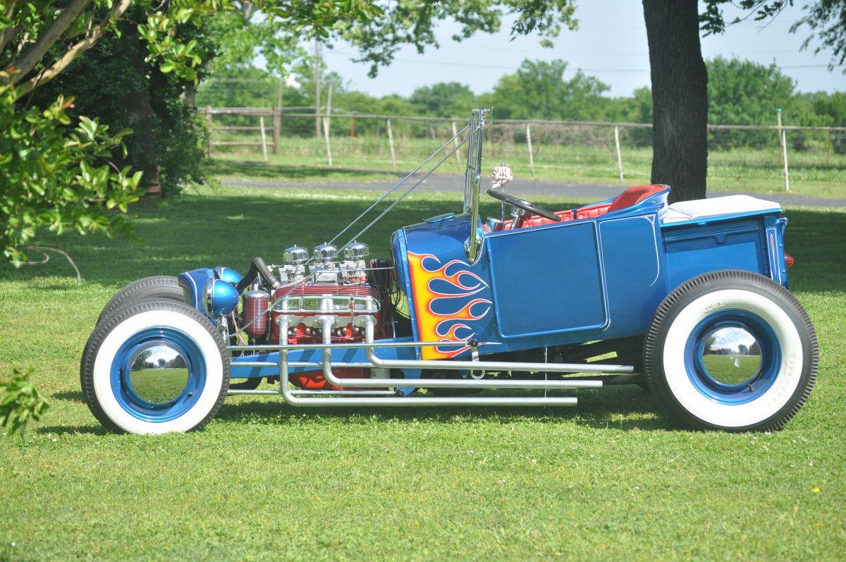 artsy pics 27 roadster 023.JPG