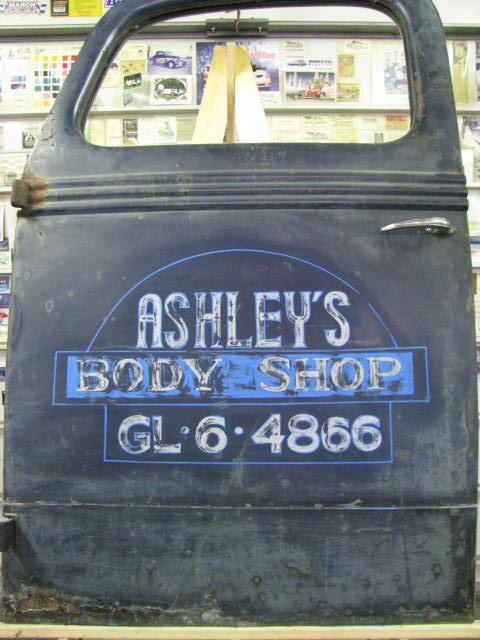 Ashley'sBodyShopDoors2018 002.jpg