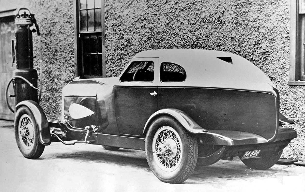 Auburn 1929 Cabin speedster.  backside.jpg