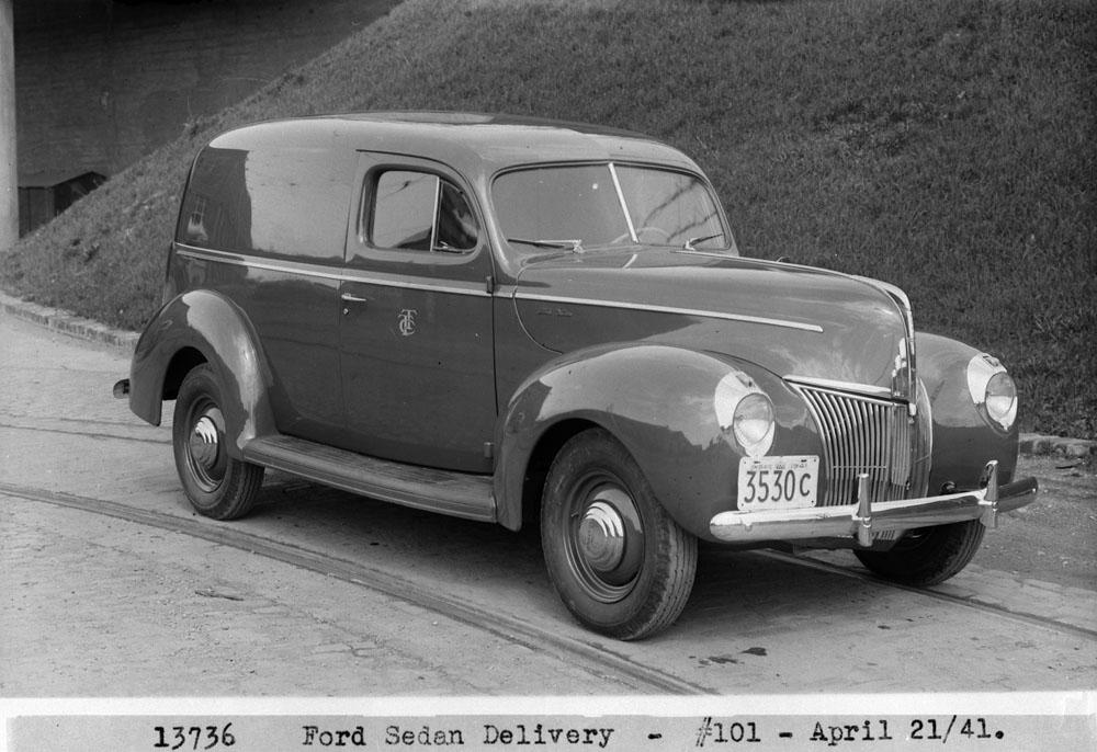 Auto-25 Ford-3.jpg