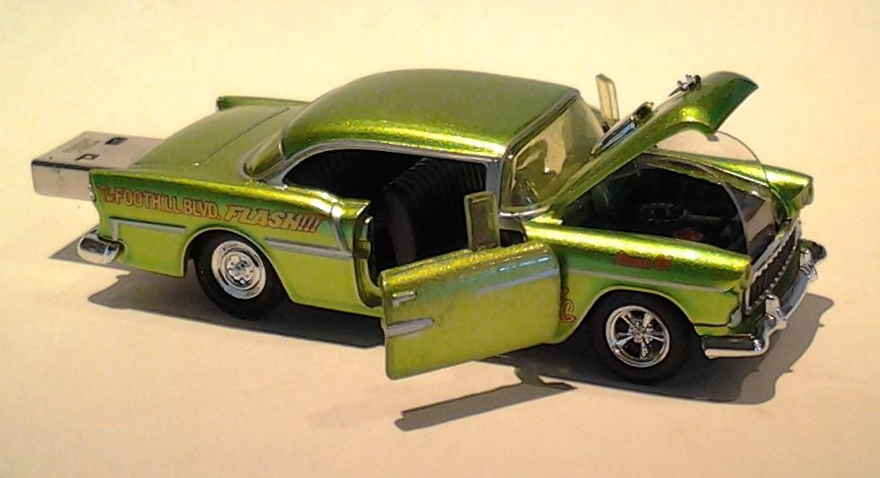 autodrive_1955_Chevy_BelAir_limegreen_03.jpg