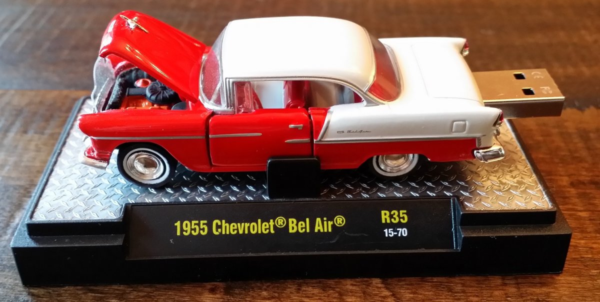 autodrive_1955_Chevy_BelAir_red_m2.jpg