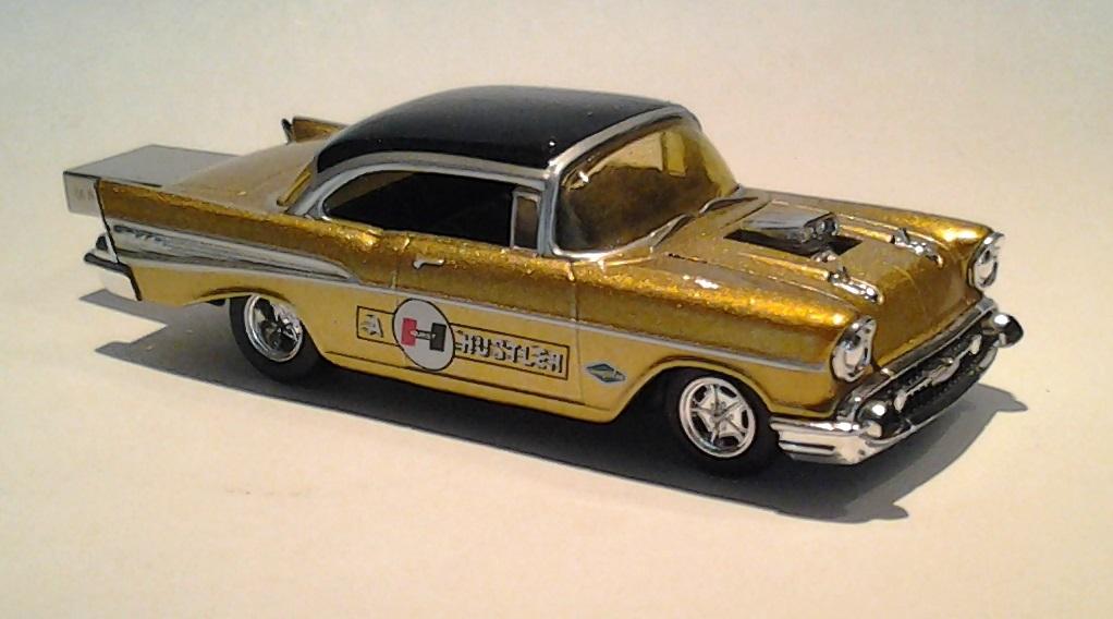autodrive_1957_chevy_BelAir_goldHurst_04.jpg