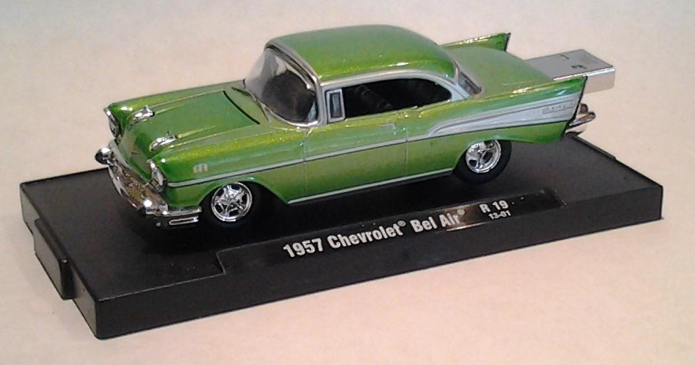 autodrive_1957_chevy_BelAir_limegreen_09.jpg