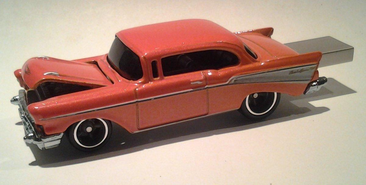 autodrive_1957_Chevy_BelAir_orange_04.jpg