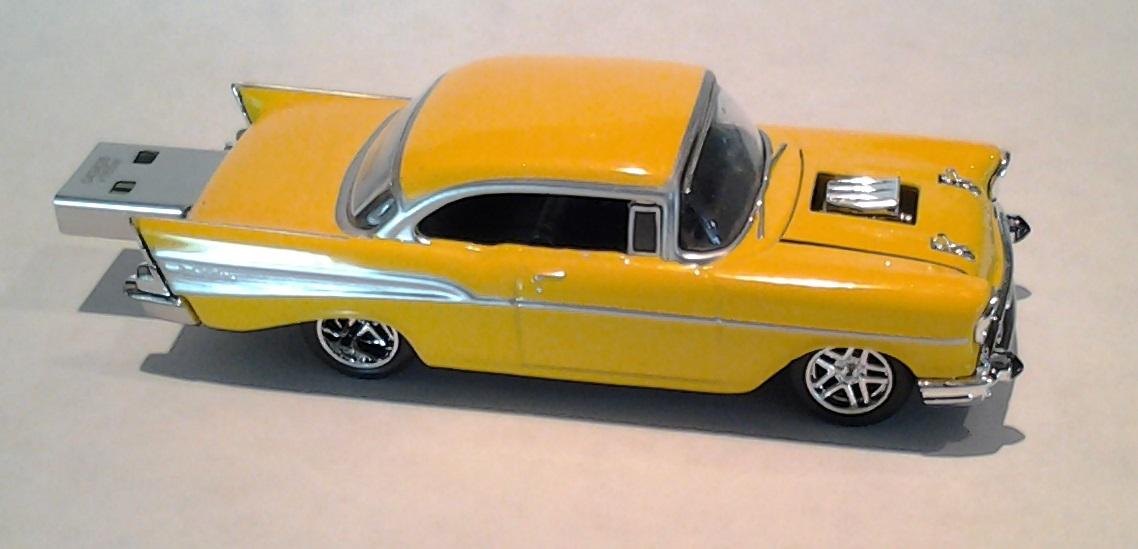autodrive_1957_chevy_BelAir_yellow_01.jpg