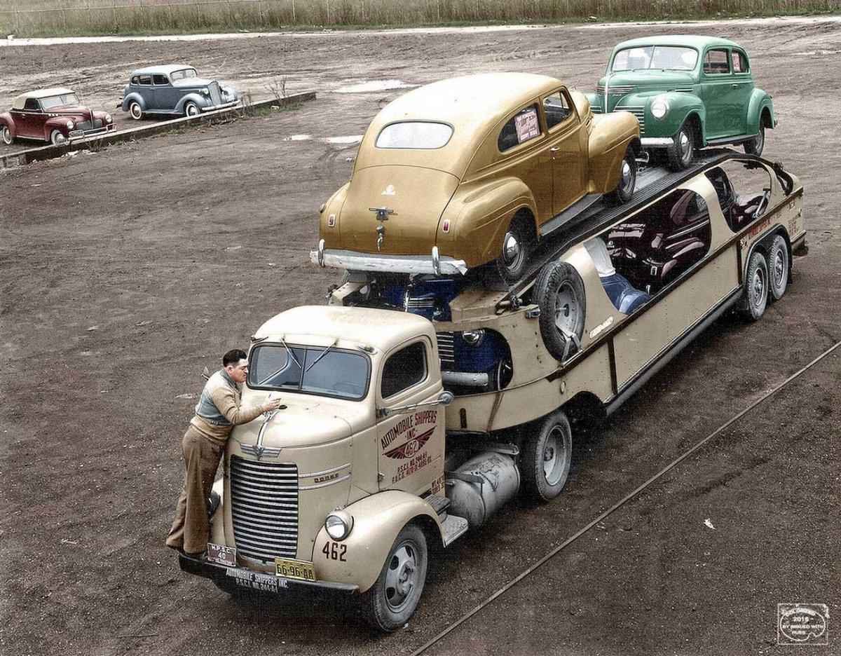 Automobile-Shippers-Inc.-Dodge-Car-Hauler-1940-Plymouths.jpg