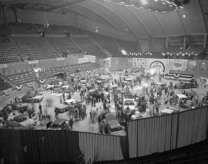 Automobile_show_featuring_1957_DeSoto_models_at_Garrett_Coliseum_in_Montgomery_Alabama (1).jpg