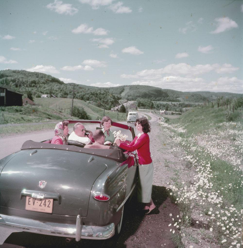 Autoroute-5-1 Québec June, 1950.jpg