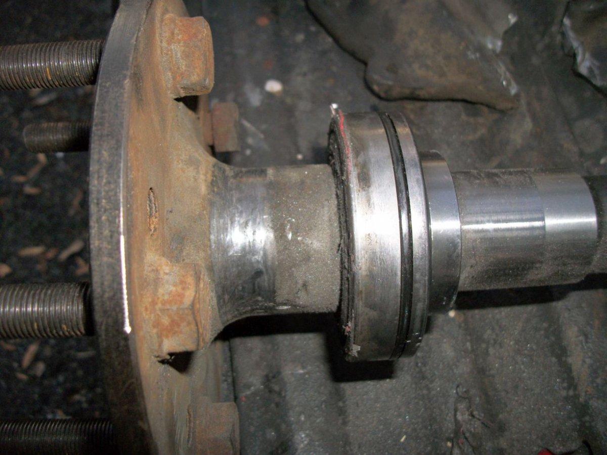 axle without bracket.jpg