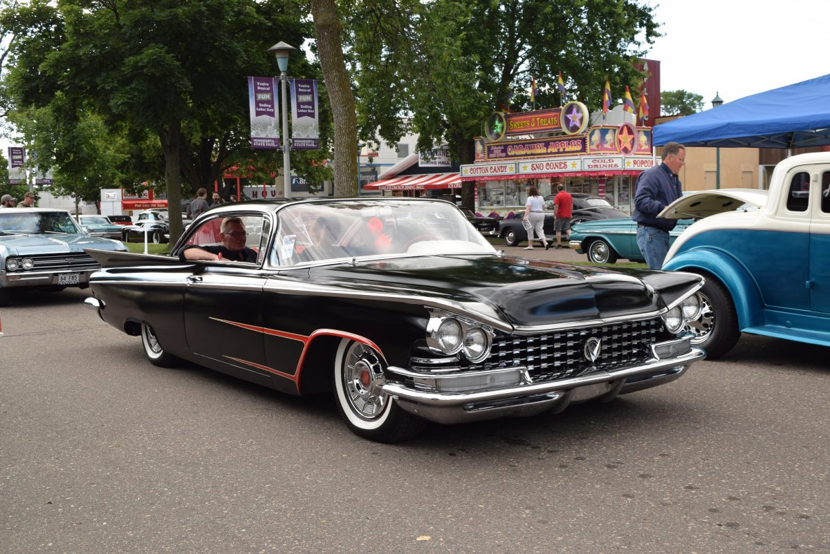 BACK TO THE 50'S 2017 SATURDAY (360).JPG