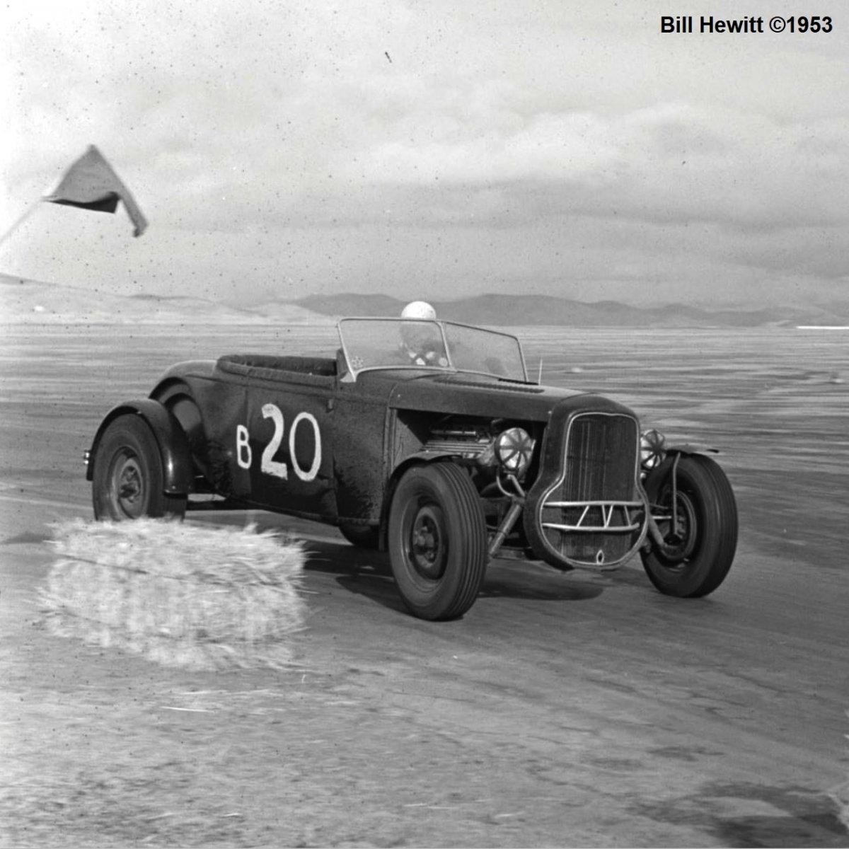 Balchowsky Deuce @ 1953 Reno Road Race (by Bill Hewitt) - 4a.JPG