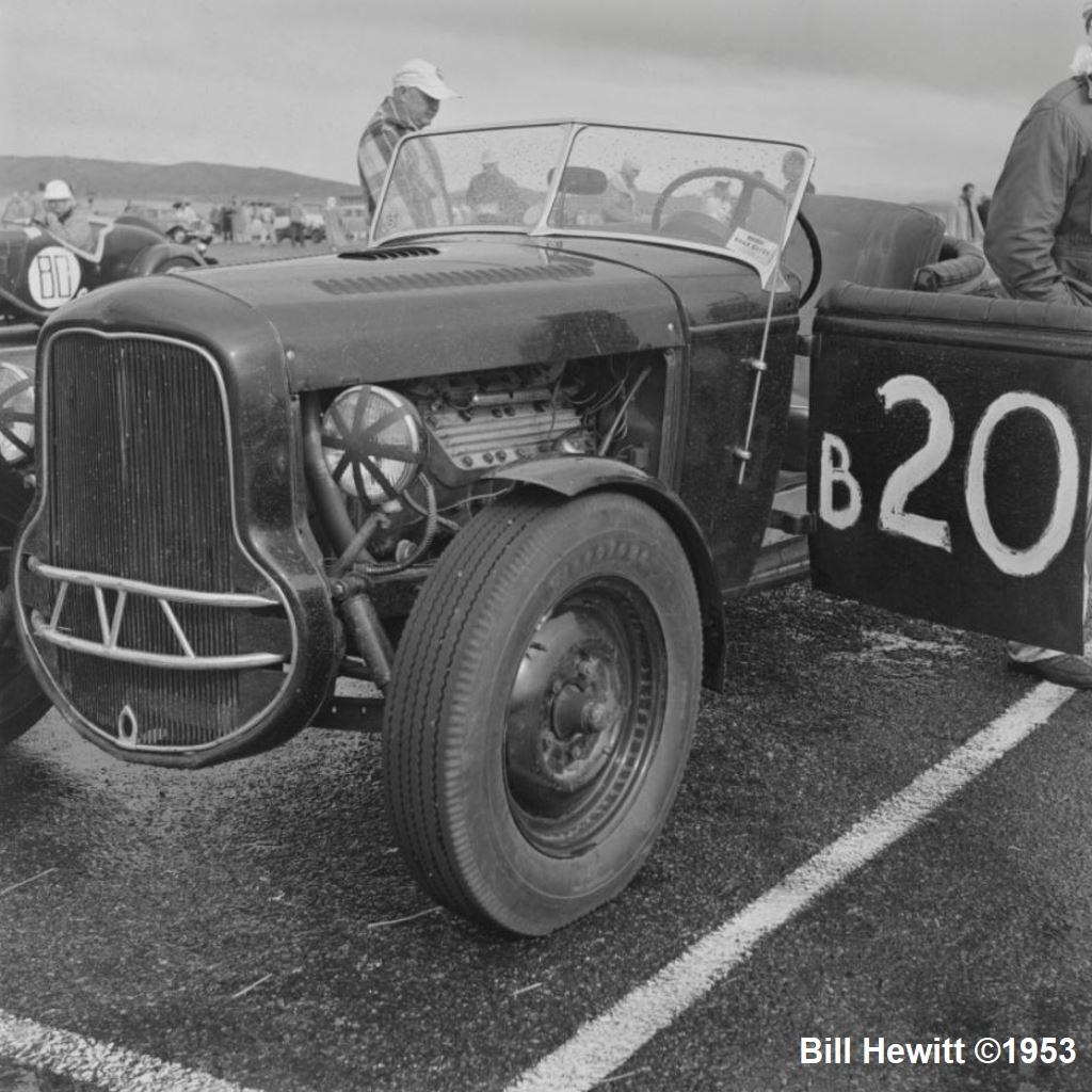Balchowsky Deuce @ 1953 Reno Road Race (by Bill Hewitt) - 7.JPG
