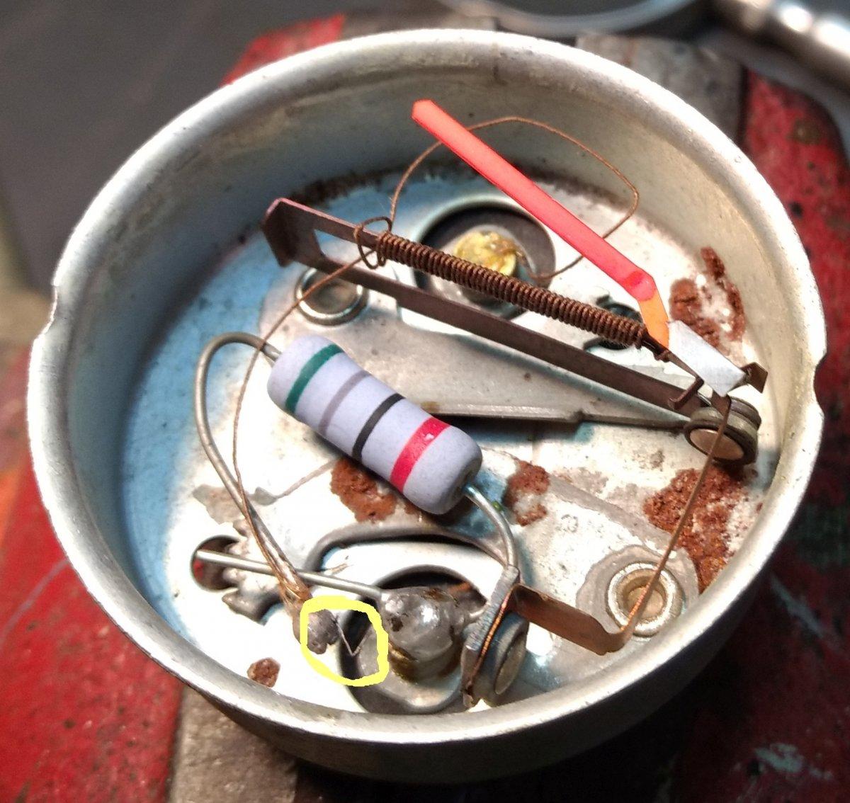 Batt gauge repair 2.jpg