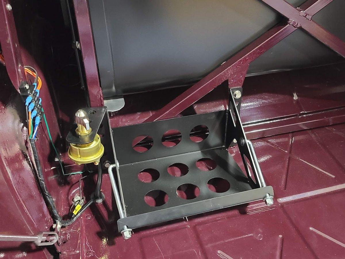 Battery box 1.jpg