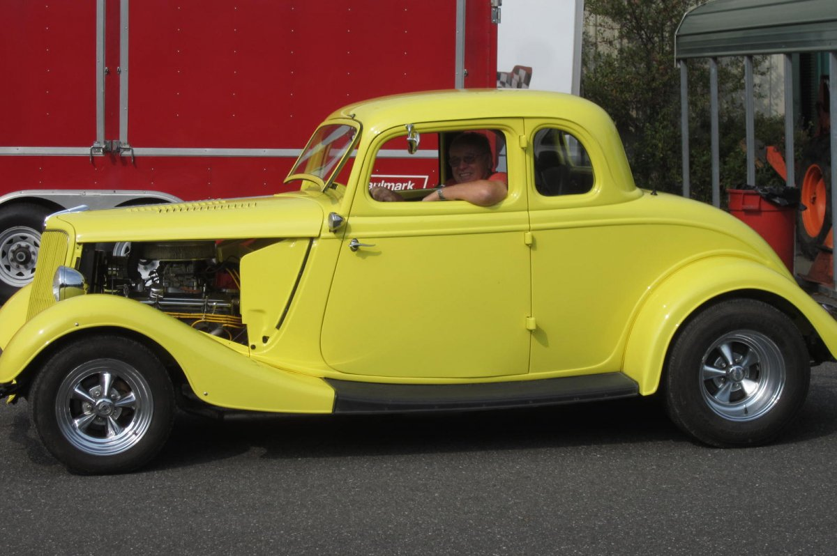 Big Als & Tractor Parade 041.JPG
