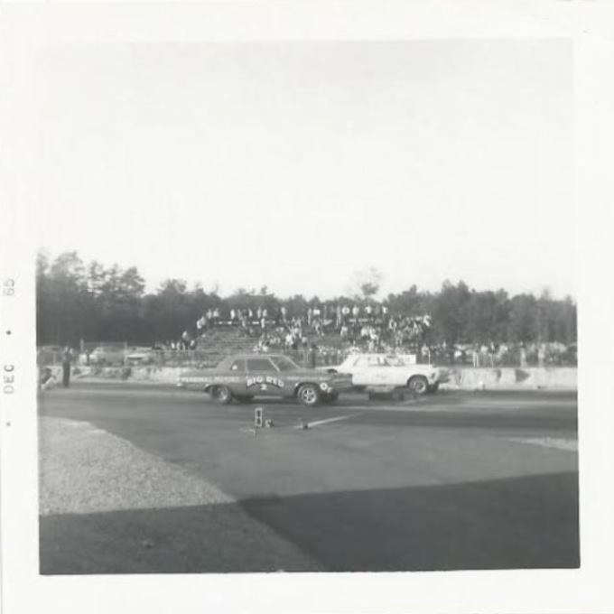 BIG RED at Richmond Dragway - DEC 65.JPG