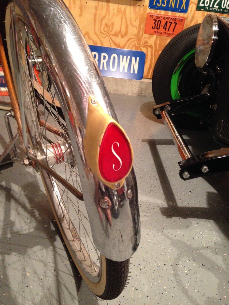 bike - schwinn american rear reflector.jpg
