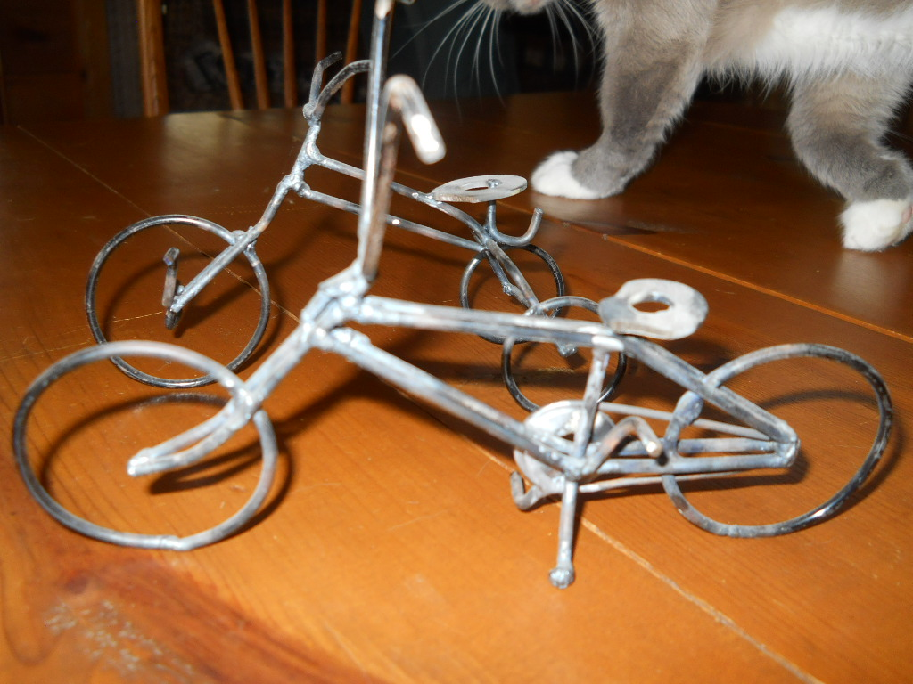 bikes made of wire 001.jpg
