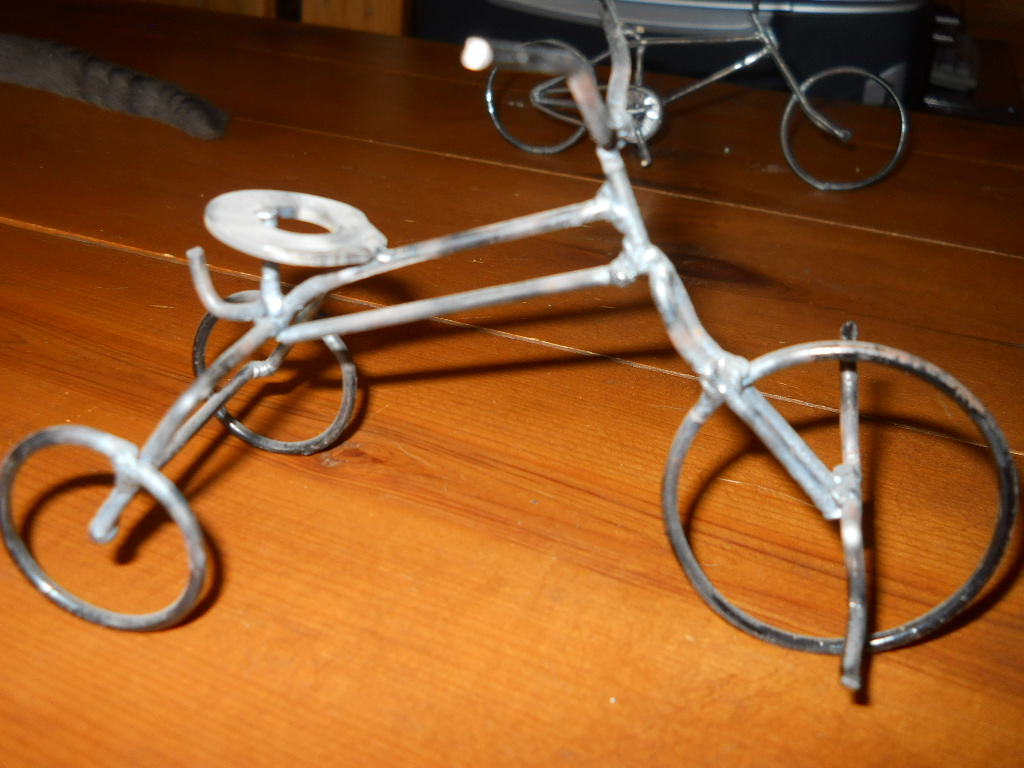 bikes made of wire 003.jpg