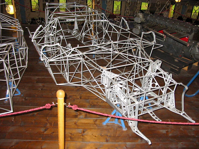 Birdcage chassis.jpg