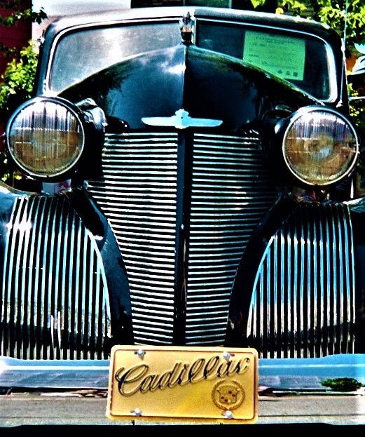 black caddy with yellow front plate (2).jpg