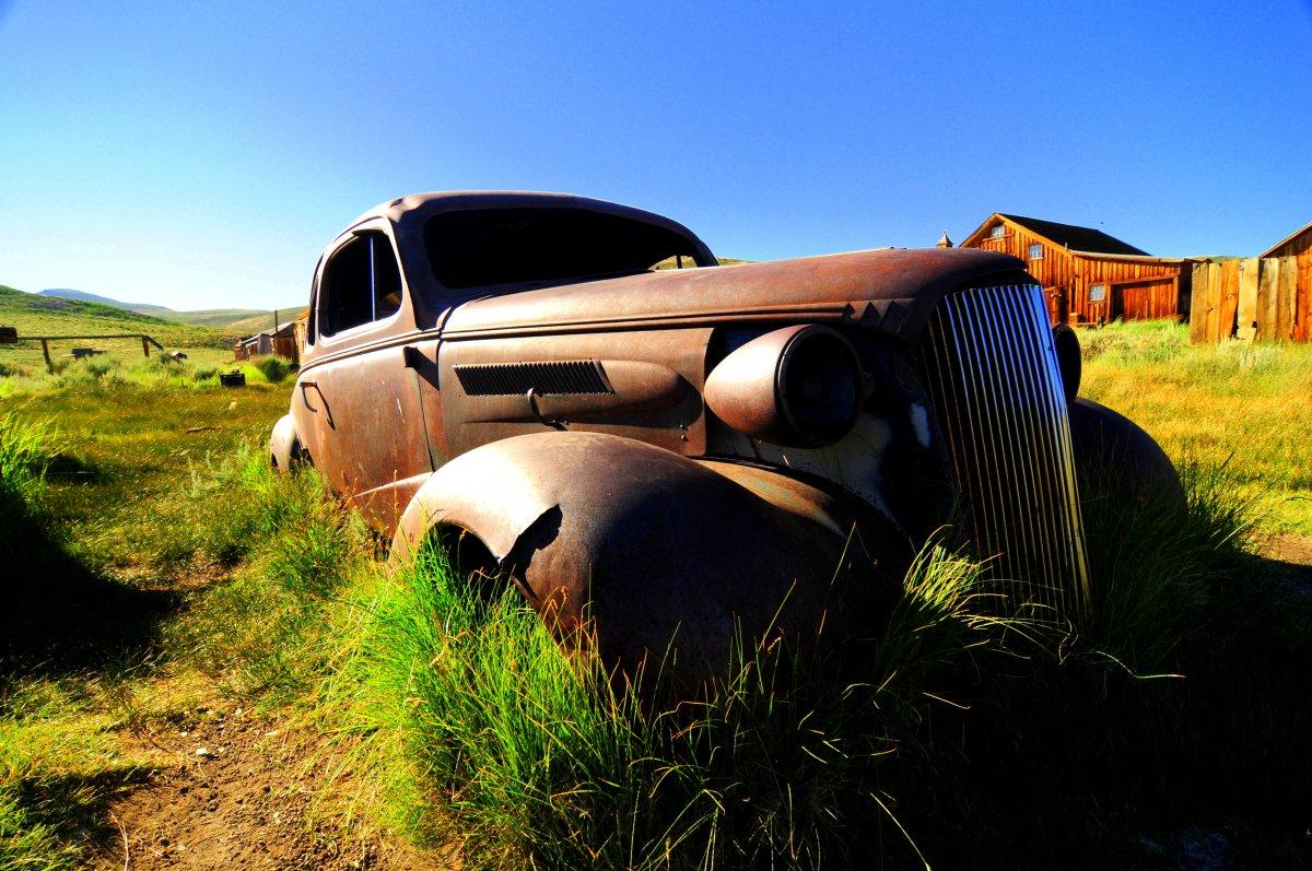 Bodie_old_car.jpg
