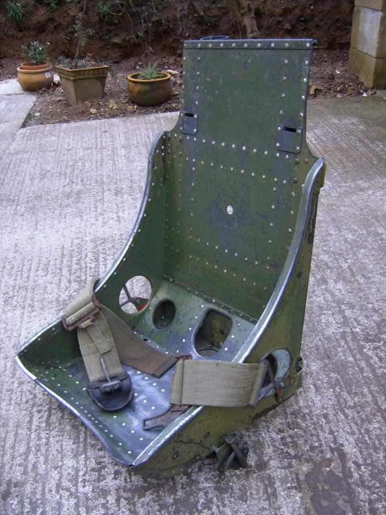 bomber seat 2.jpg